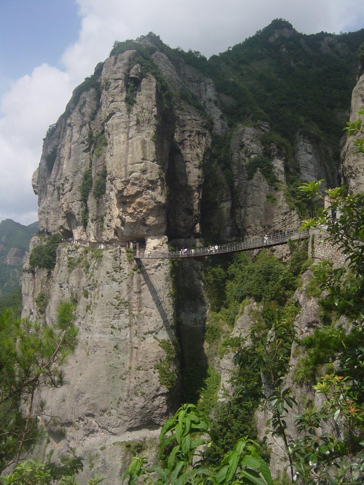 Hua Shan and Huangshan: China's Mystical Mountain Scenery ...