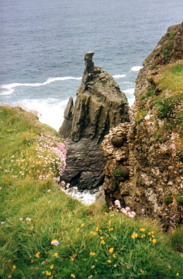 Rock stack at Gunver Head (day 6)