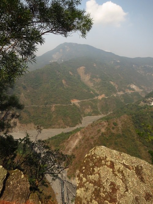 The view into the canyon of the Aliaonan Stream below Wutai