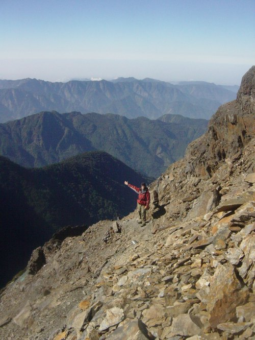 Magnificent scenery (and weather) near the summit of Yushan
