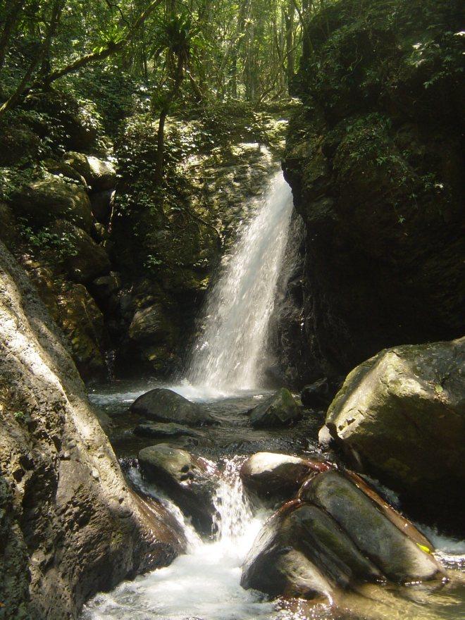 Little Forest Mountain Falls, above Cloud Forest Falls near Sanxia