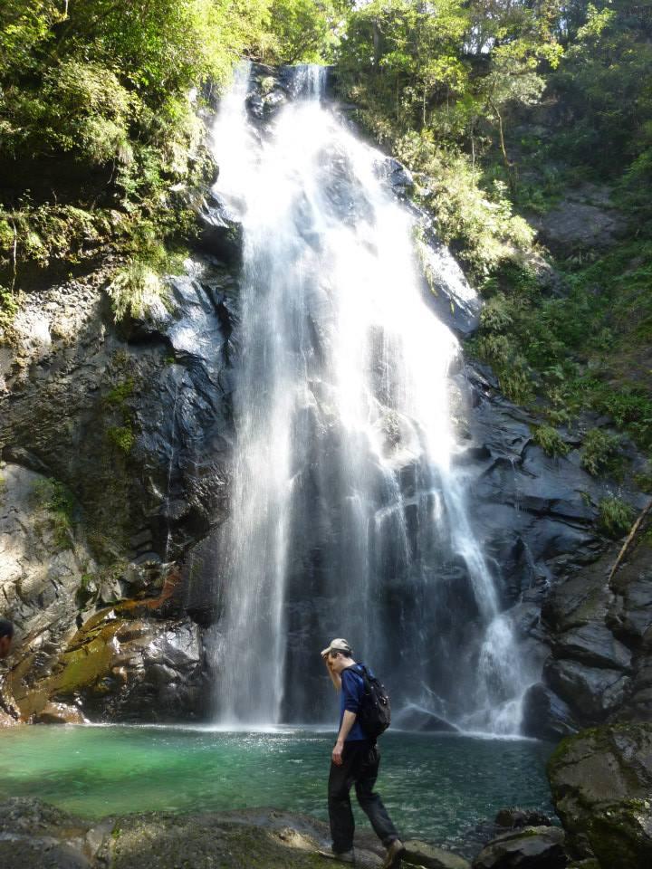 White Veil Waterfall (thanks to Nick E for the photo)
