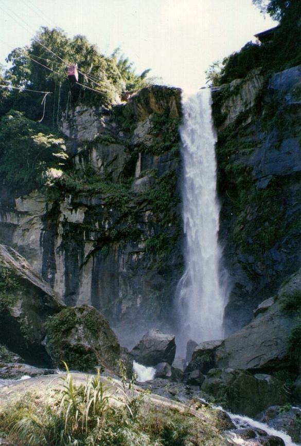 Penglai Waterfall, Caoling (print taken in 1993)
