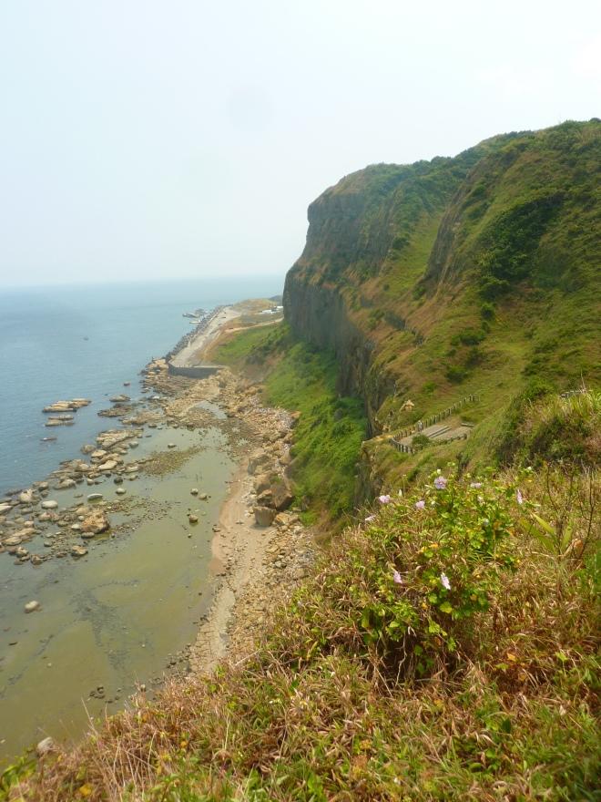 The much higher cliffs at Badouzi