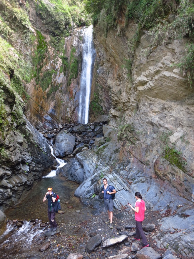 The upper fall at Cloud Dragon Waterfall, beside the path