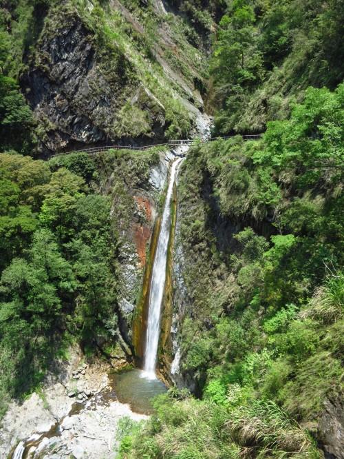 Cloud Dragon Waterfall, Batongguan Historic Trail
