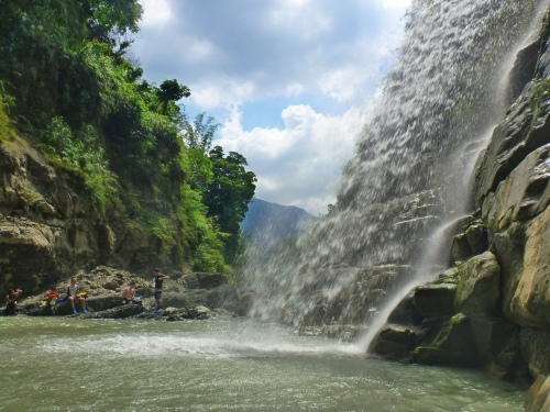 Beautiful but rarely visited Fenghuang Waterfall, Yunlin County