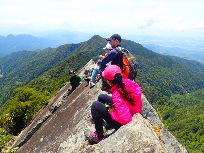 The summit of Mount Yuanzui, perhaps the most exciting day hike in the Taichung area