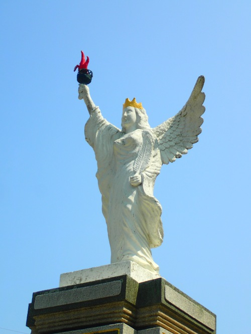 The bizarre Statue of Liberty (with wings) at Chenggong, Kinmen