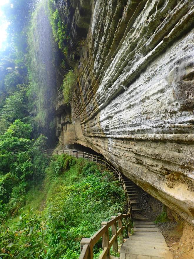Swallows Grotto, Ruili, Chaiyi County